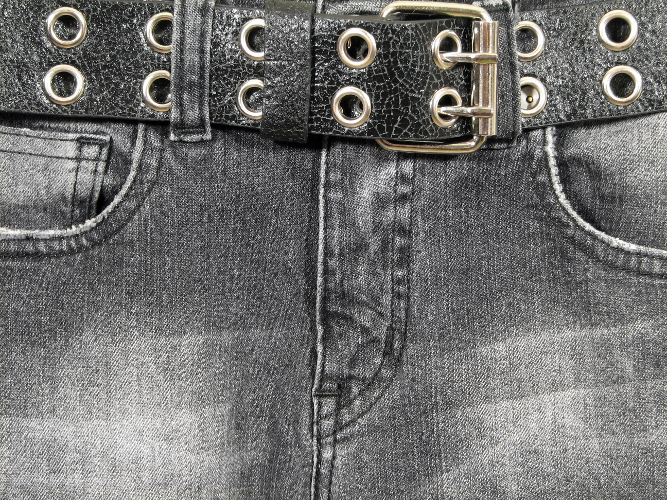 How to return jeans black color