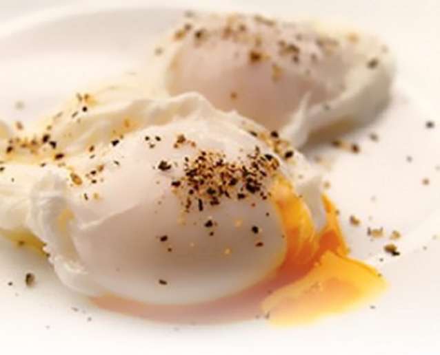 How to boil eggs without the shell