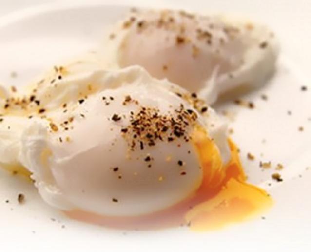 Как сварить яйцо без скорлупы