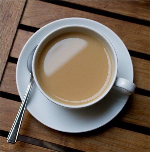 Как пить чай с молоком