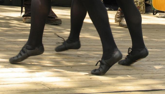 Как танцевать ирландские танцы