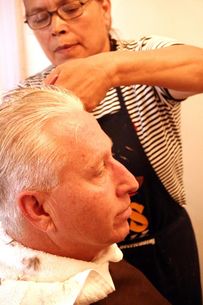 Как подстричь парня