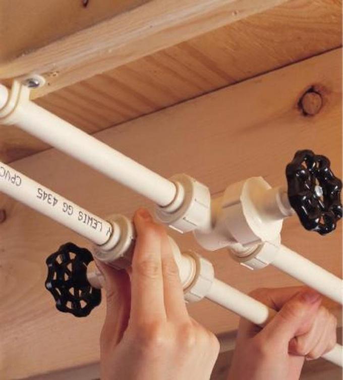 Как установить металлопластиковые трубы