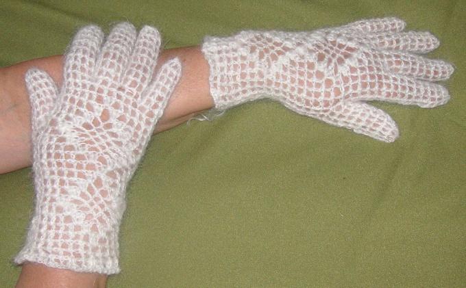 Как связать ажурные перчатки