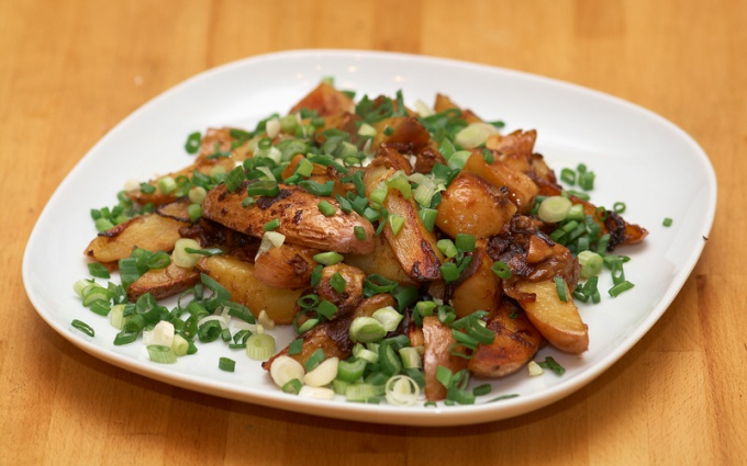 How to cook fried potatoes with mushrooms
