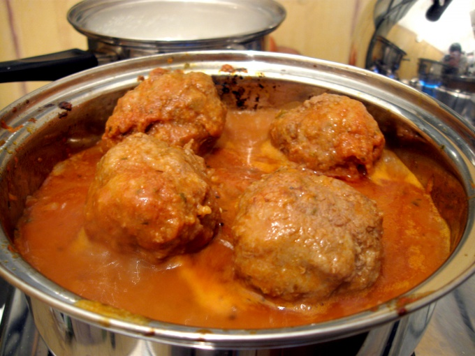 How to cook meatballs with gravy