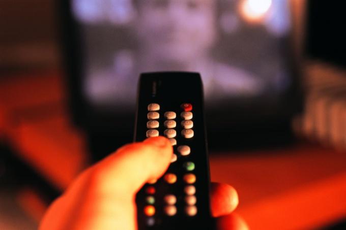 Как смотреть российские каналы