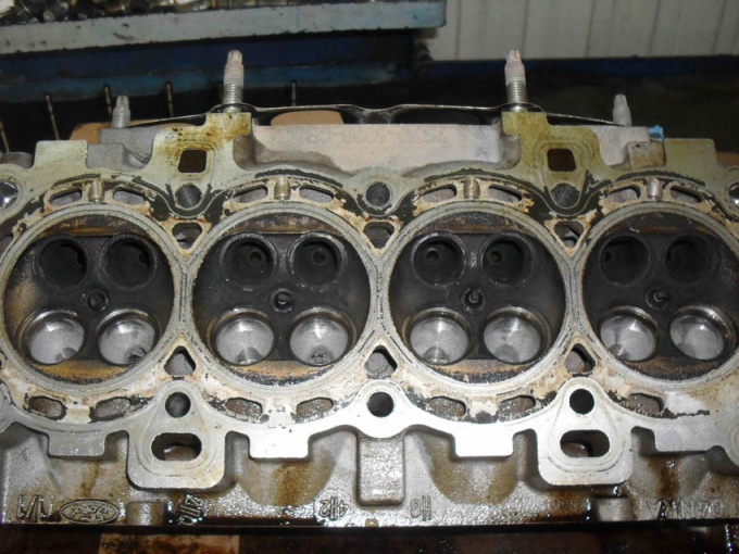 Как снять клапана с двигателя