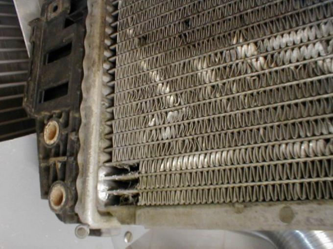 Как заклеить радиатор
