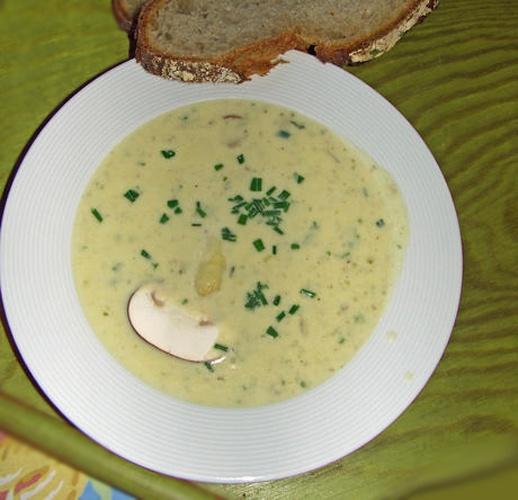 Как приготовить куриный суп со спаржей на кунжутном масле