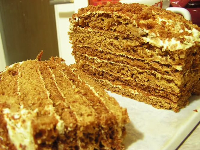 """Как готовить торт """"Медовик"""""""