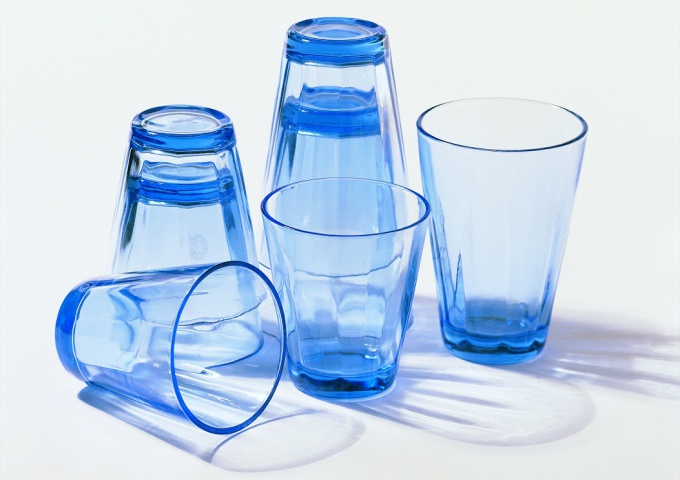 Как вытянуть стакан из стакана