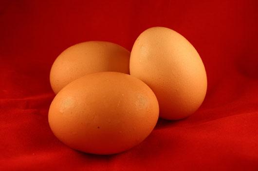Как выдуть яйцо