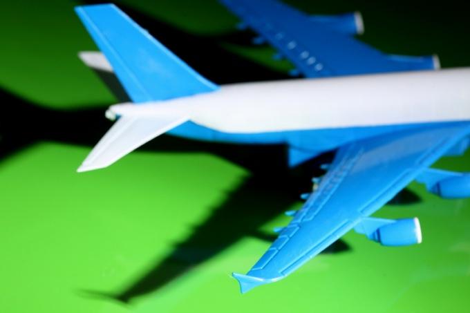 Как перевезти ребенка самолетом