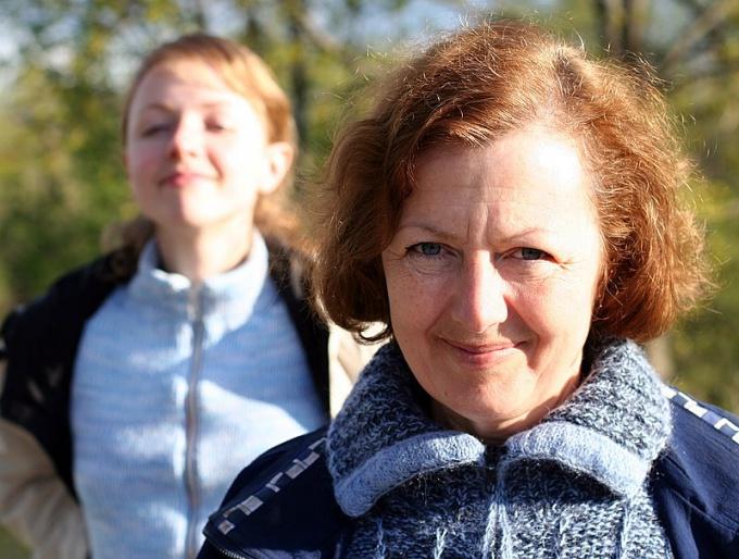 Где найти фотографию мамы для Гюль (глава Каспий) в Metro Exodus ... | 514x680