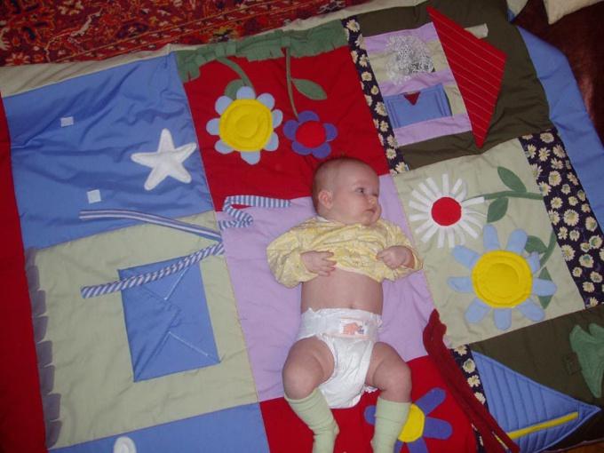 Как сделать развивающий коврик для ребенка