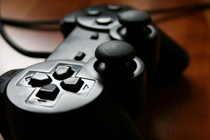 Как играть на PC игры PS2