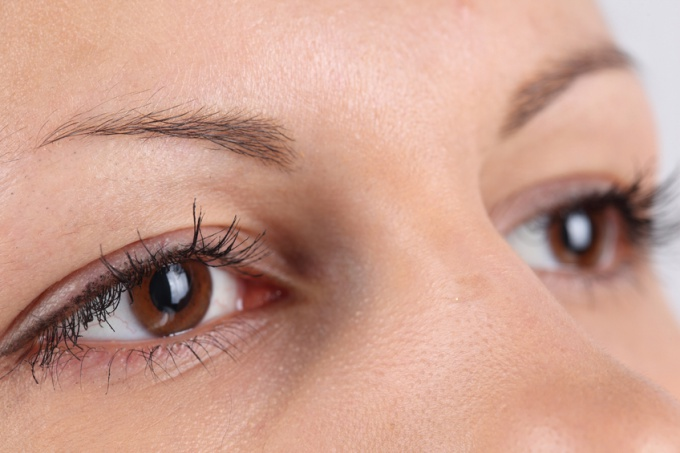 How to correct eyebrow shape