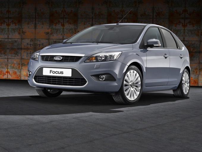 Как поменять задние колодки на Ford