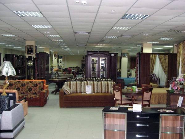 Как торговать мебелью