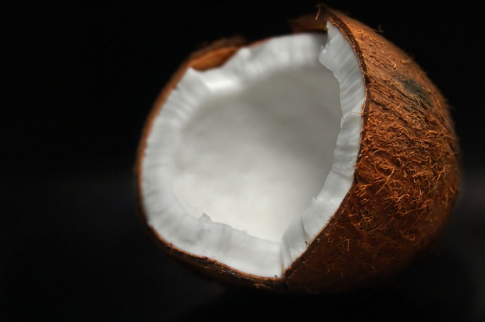 How to store coconut