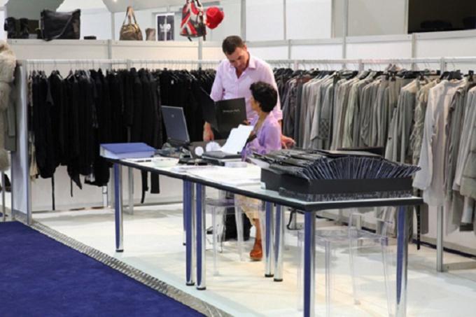 Как продавать одежду магазинам