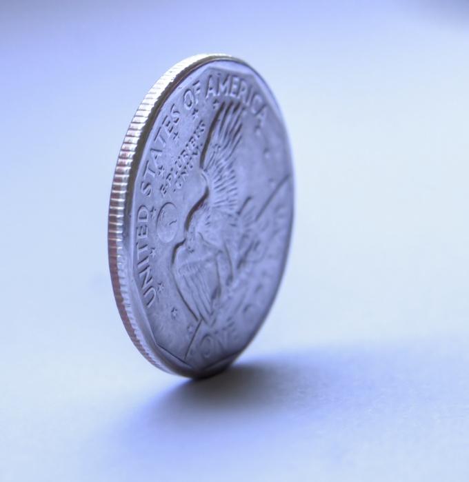 Как согнуть монету