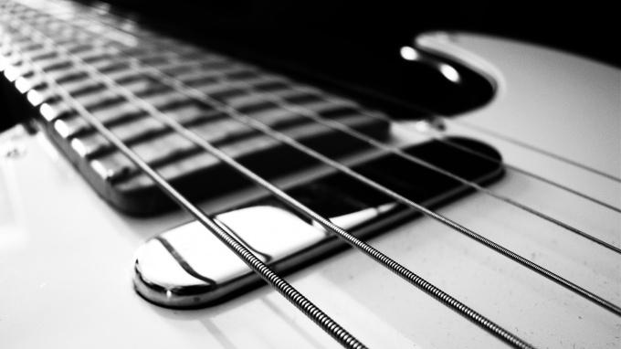 Как настраивать гитару по компьютеру