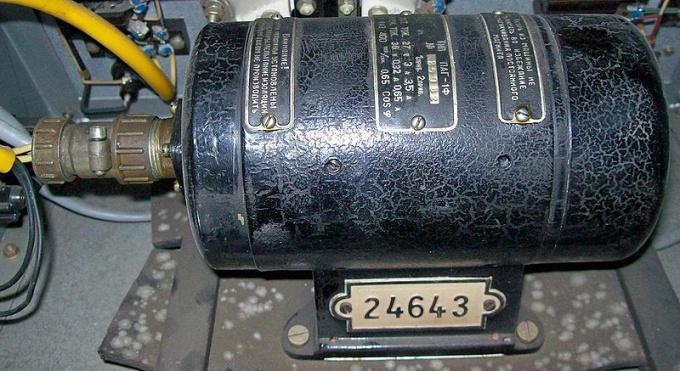Как подключать трехфазный двигатель