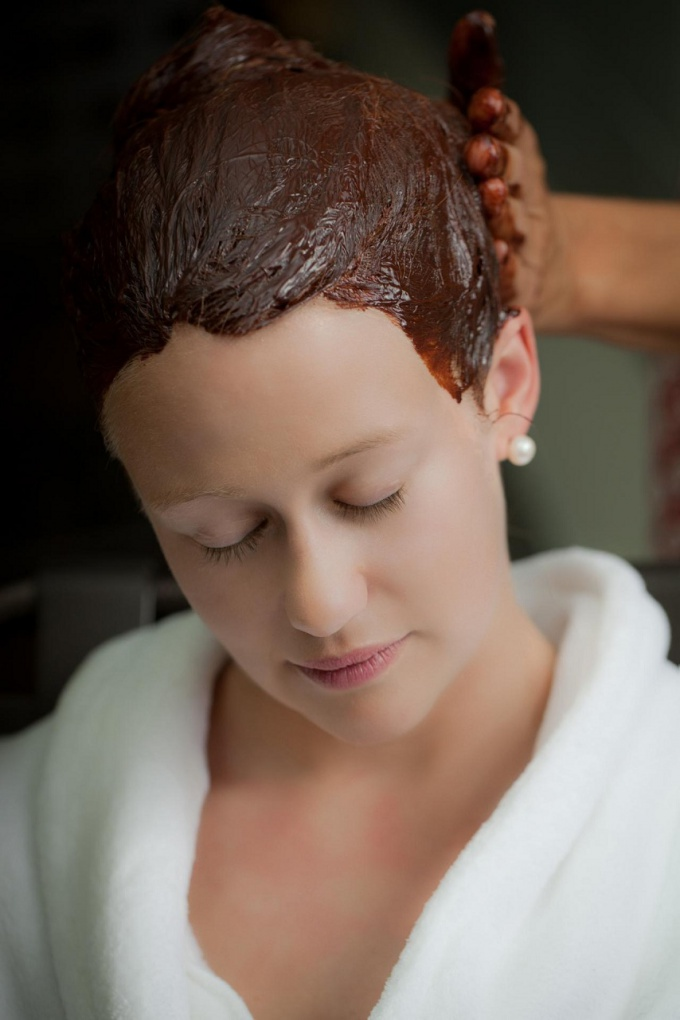 How to stimulate the growth of hair on the head