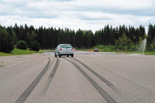 How to calculate braking distance