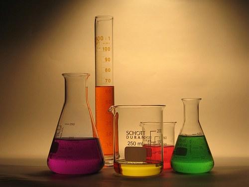 Почему в периодической системе изменяются неметаллические свойства