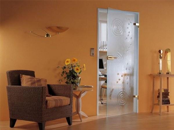 Как установить стеклянные двери
