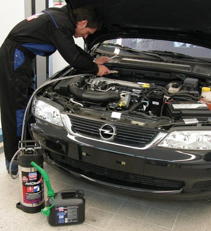 Как заменить масло в моторе