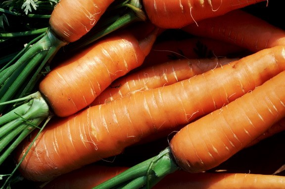 How to peel carrots