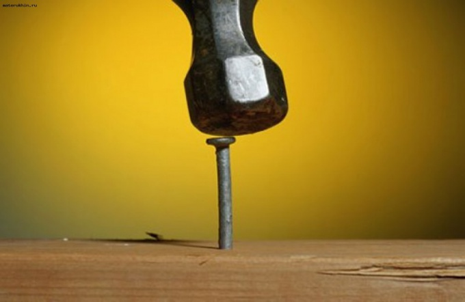 How to Unscrew a rusty nail