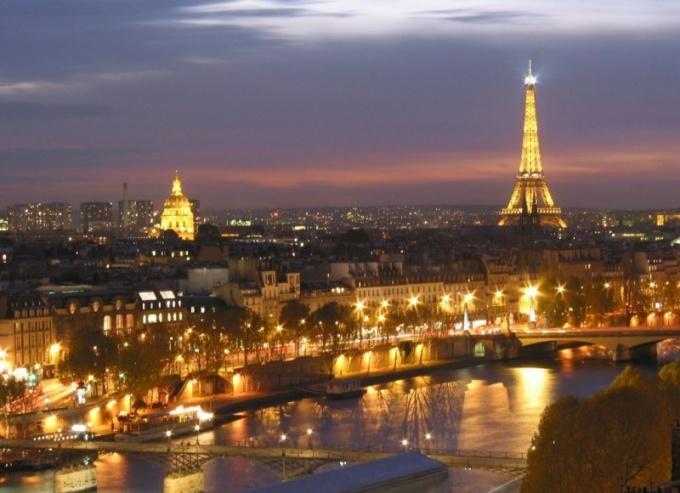 Как написать письмо во Францию