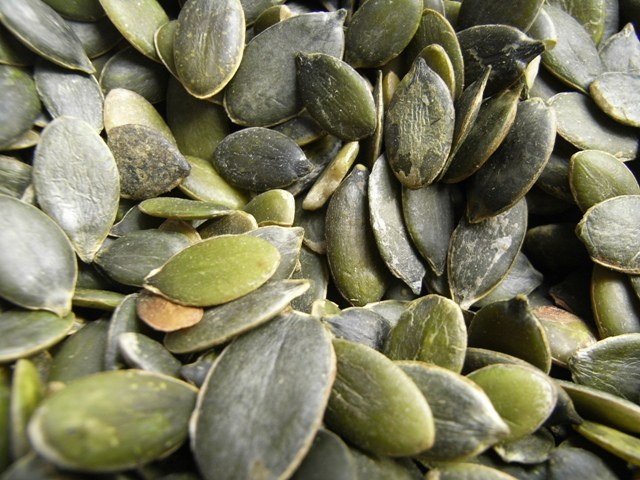 How to clean pumpkin seeds
