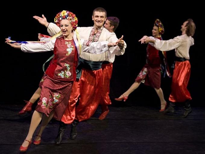 Как танцевать русские народные танцы