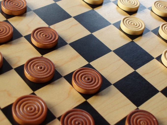 How to win in Russian checkers