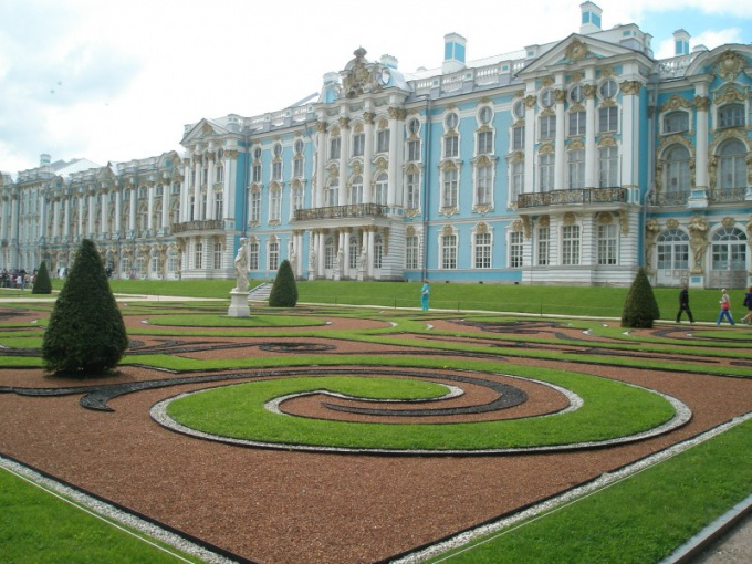 How to celebrate birthday in St. Petersburg