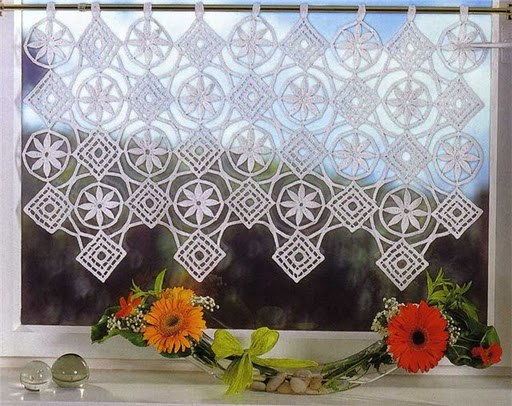 How to crochet curtains