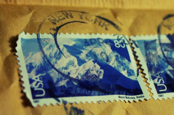 Как отправить почту в США