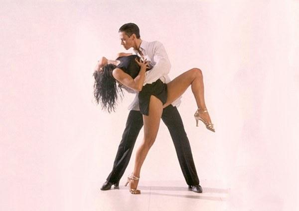 Как научиться танцевать латиноамериканский танец