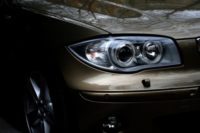 Как поменять колодки на BMW