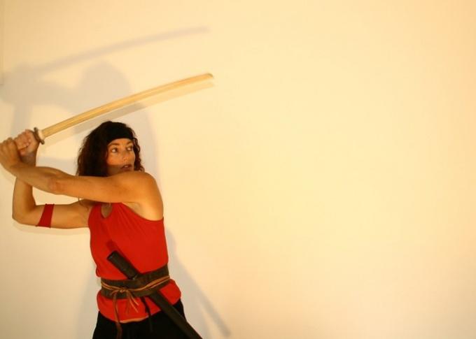 Как научиться драться на мечах