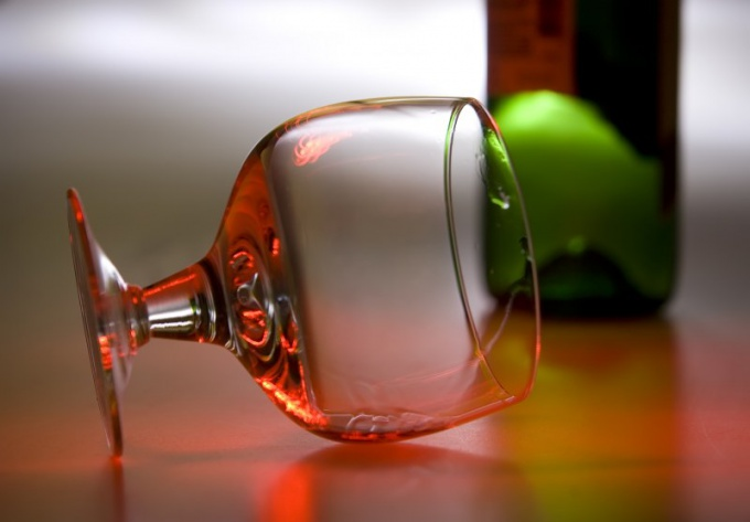 Почему пить алкоголь нельзя