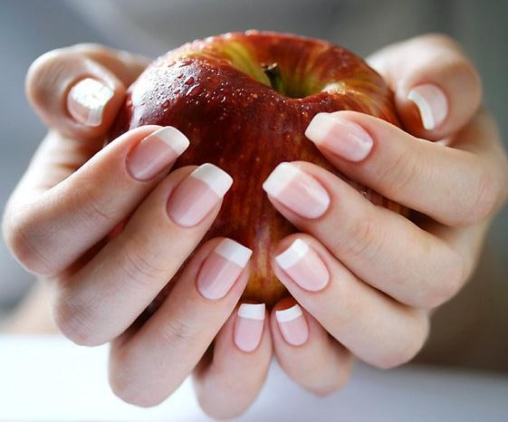 How to grow nails for a month