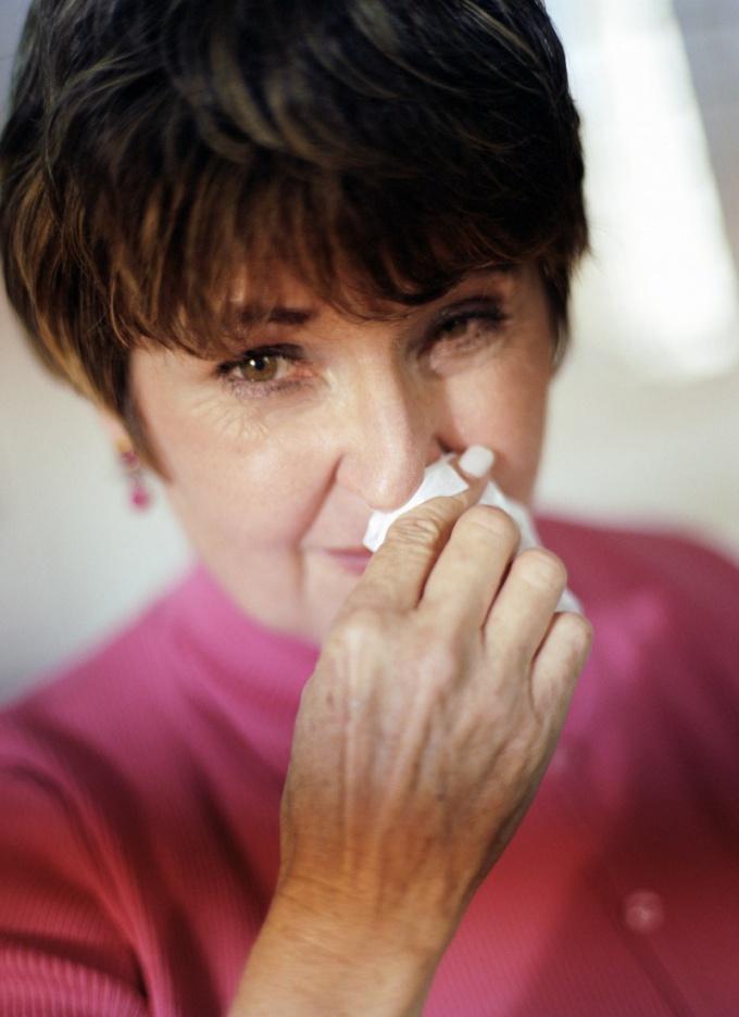 Как лечить сухой насморк