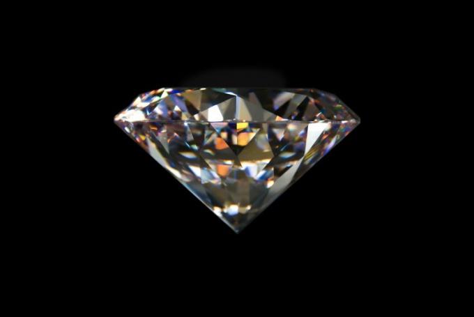 Как продать алмаз